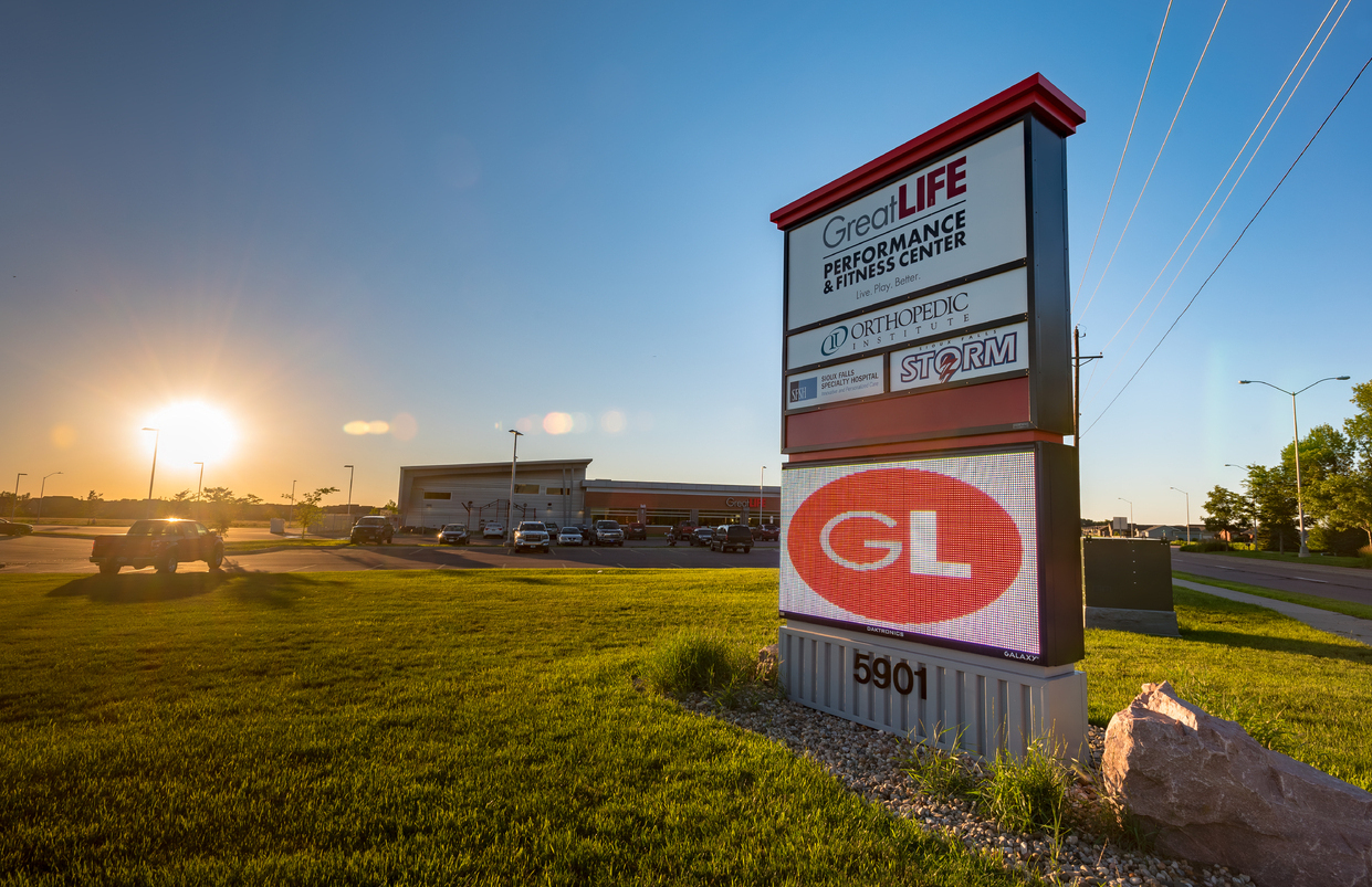 Greatlife Southeastern front Sign Sunset
